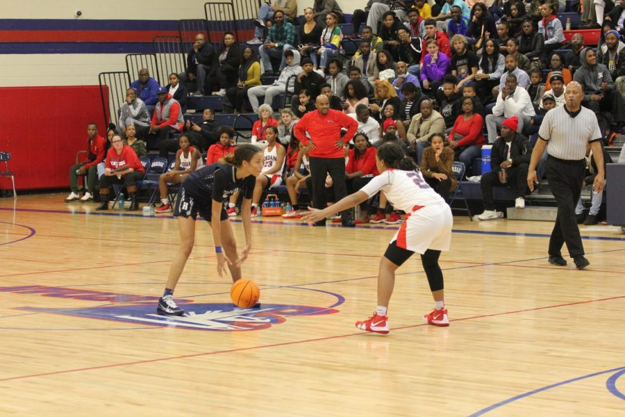 Falcons Fall to Hornets in Girls Basketball